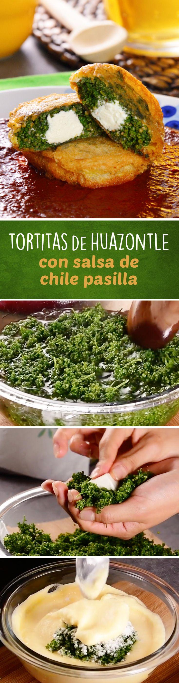 Tortitas capeadas de quelites o huauzontles rellenas de queso con salsa de chile pasilla. Esta receta de cocina mexicana tradicional es un clásico de #cuaresma ya que no tiene carne y rinde para todos.