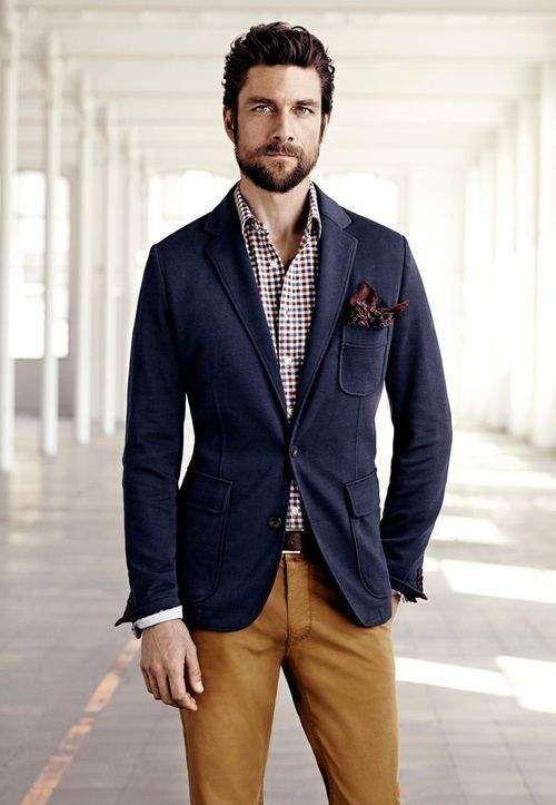 使いやすさNo1。一枚持っていると便利なネイビーのテーラードジャケット。人気・おすすめのテーラードジャケットのメンズトレンドまとめ。