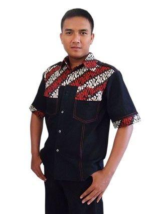 Kemeja batik pria aplikasi jeans dari Medogh cocok untuk gaya gaul lho :)