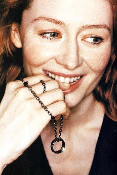 Miranda Otto with the One Ring