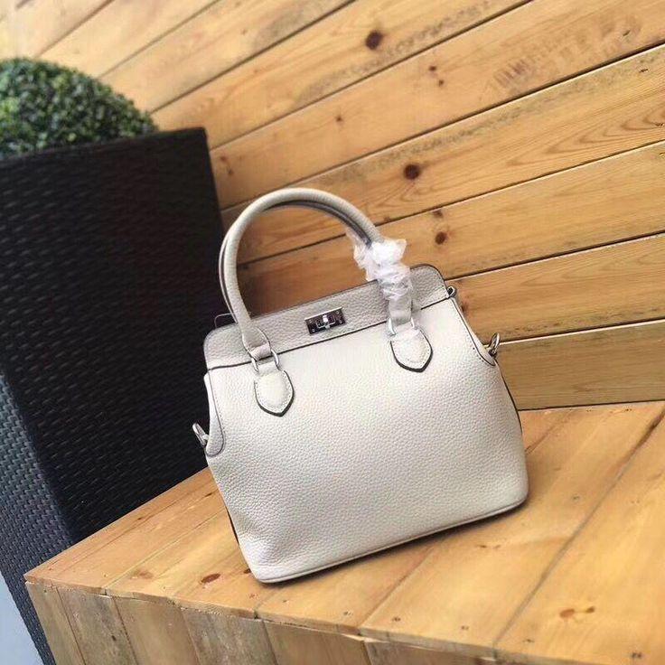 Hermes Handbag (93usd) Size:26cm Whatsapp:+8613418595267 or +8618620002097 Email:2091851576@qq.com wechat:18620002097