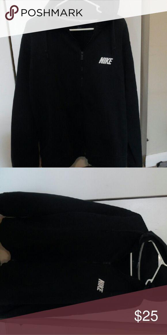 NIKE SWEATSHIRT Guys hoodie but I absolutly love it. Nike Tops Sweatshirts & Hoodies