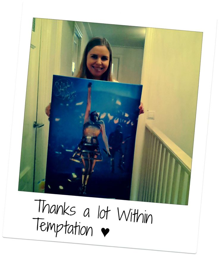 #WTWorldtour Thanks a lot Within Temptation! I'm really happy with my canvas, It's gorgeous ♥