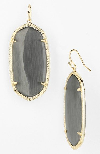These Kendra Scott earrings are perfect for fall
