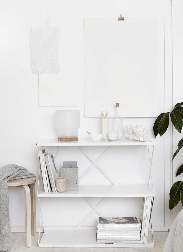 SINNERLIG table lamp in a delightful home in Finland / Riika Kantinkoski