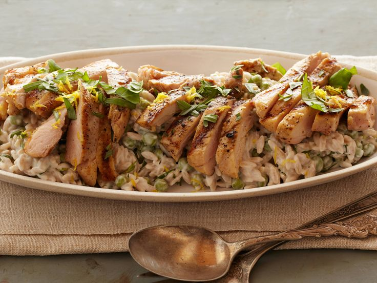 Creamy Lemon-Pepper Orzo with Grilled Chicken #Grains #Protein #MyPlate