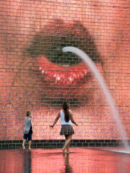 At Millennium Park's Crown Fountain, water appears to shoot from the mouths of Chicagoans. #streetart