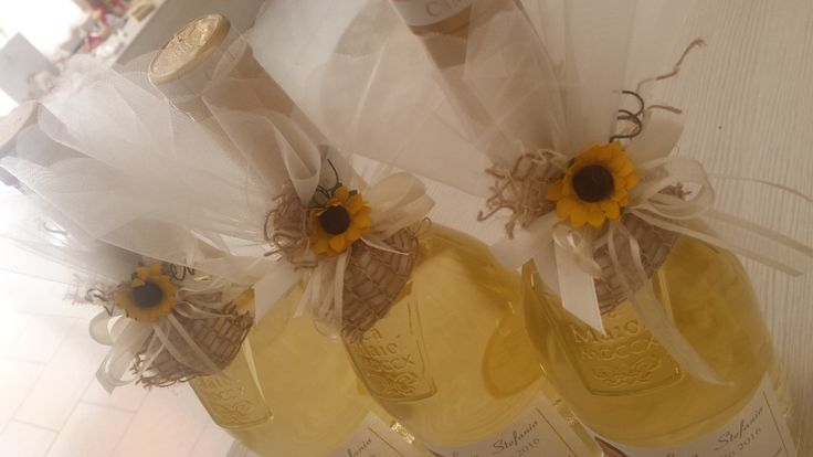 #bomboniere #serendipityevents #confetti #matrimonio #nozze #sposi #sunflowers #vino #wedding #summerwedding #castelgoffredo #enogastronomica