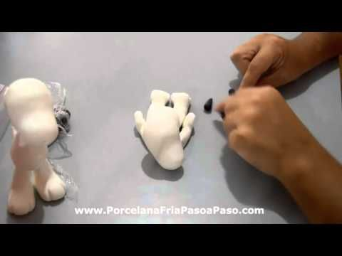 Cómo modelar a SNOOPY en pasta de goma. Natalia Salazar - YouTube