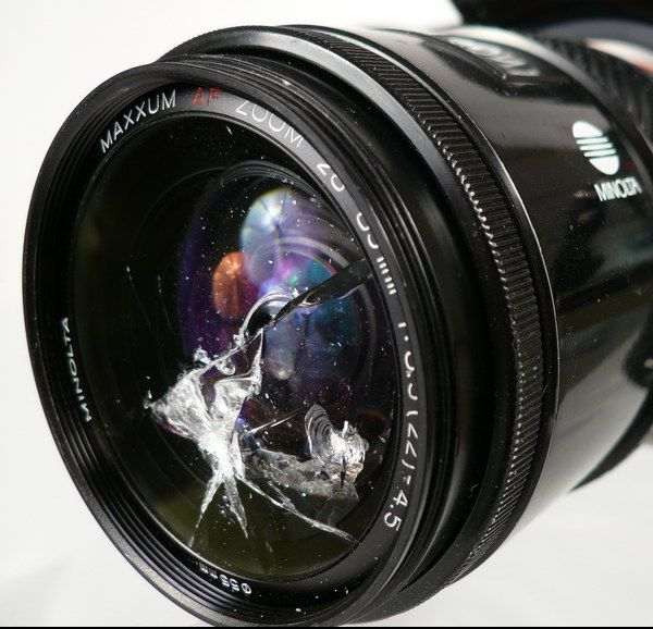 awesome post that will make you less stressed about dust and even scratches on your lenses.