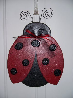 lady bug porch hanger MUST GET i want at least 1 ladybug in every room in my house