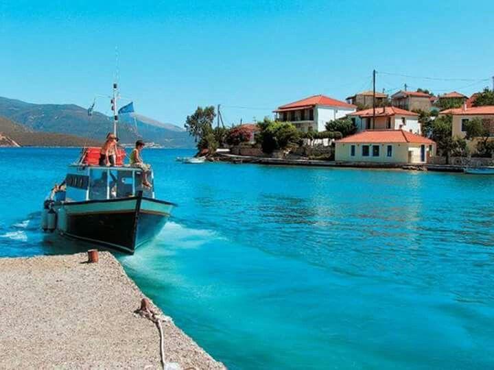 Trizonia , Greece