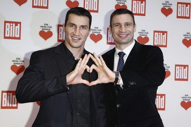 Wali Kota Kiev Takkan Pernah Bertinju Lagi  http://sports.sindonews.com/read/961241/50/wali-kota-kiev-takkan-pernah-bertinju-lagi-1423249700