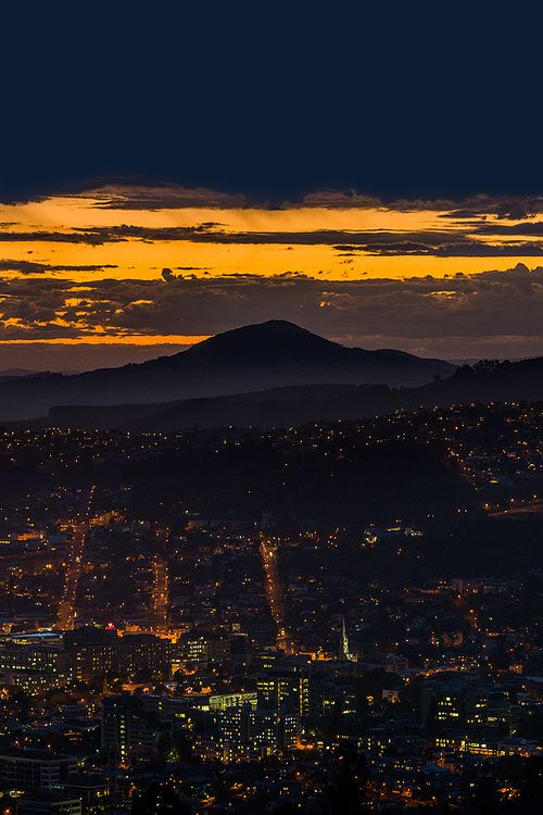 Dunedin City and Saddle hill, New Zealand