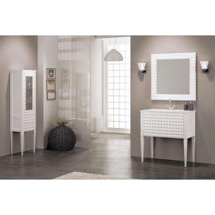 Mueble de baño Diamond 80 cm. de inspiración clásica. Incluye: · Bajo Diamond de 80 cm. · Encimera cristal óptico o cristal porcelanico poeme de 80 cm. · Espejo Diamond de 80 cm.