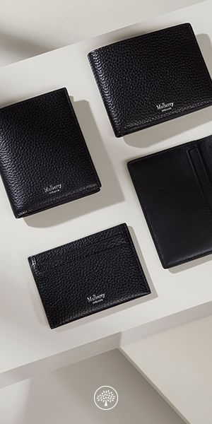 Explore our collection of small leather goods, designed for your everyday essentials.