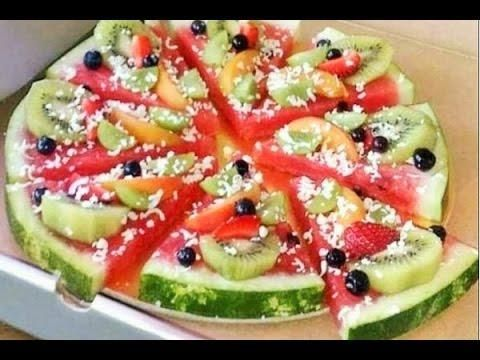 Te dejamos una deliciosa propuesta para tus desayunos y meriendas de verano, ¡una pizza de sandía!