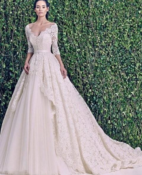 Красивые необычные свадебные платья - http://1svadebnoeplate.ru/krasivye-neobychnye-svadebnye-platja-3687/ #свадьба #платье #свадебноеплатье #торжество #невеста