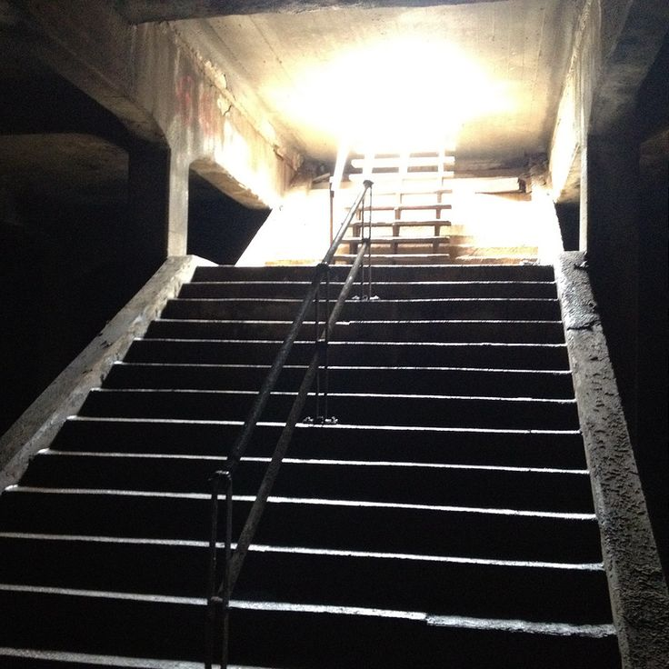 A tour of 250 people explored the Cincinnati Subway which has been abandoned since 1928.