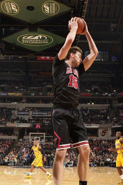 Bulls vs. Pacers PAU GASOL DOBLE DOBLE