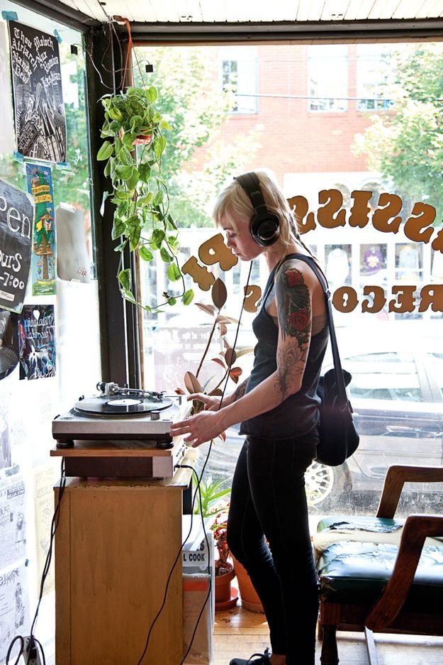 27 Breathtaking Record Stores You Have To Shop At Before You Die // Mississippi Records in Portland, Oregon
