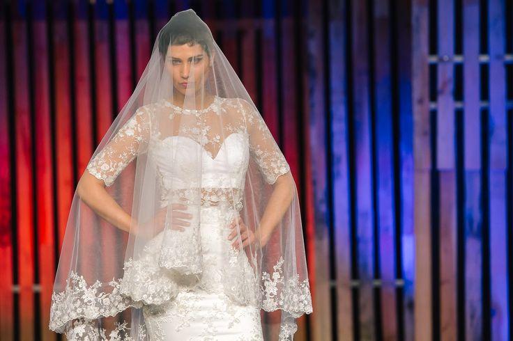 Na última edição da Viseu Noivos tivemos a oportunidade de fotografar as propostas da Micaela Oliveira. A todas as nossas noivas de 2017, já pensaram no vestido?   #Bride, #Desfile, #Fabricadafotografia, #MicaelaOliveira, #Noiva, #VestidoDeNoiva, #Viseunoivos, #Weddingdress, #Weddingphotographer, #Weddingsurprise#Casamento, #Comercial, #Workingbride, desfile, fabricadafotografia, MicaelaOliveira, noiva, vestido de noiva, viseunoivos, weddingdress, weddingphotographer, we