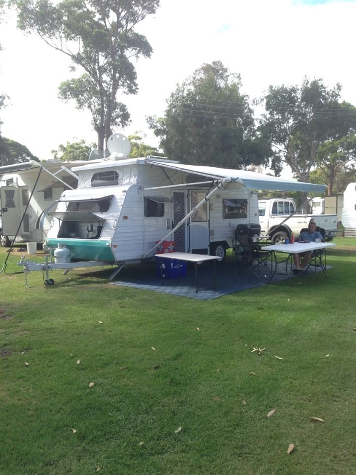 NEW HIRE LISTING! 2004 Jayco Freedom Poptop (Hamlyn Terrace) - Caravan and Camping Hire AUS