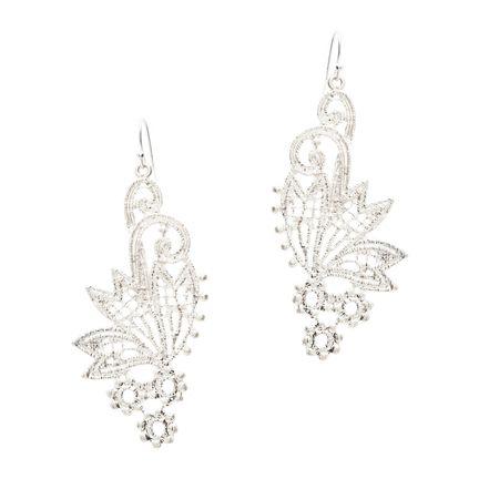 Beautiful romantic earrings!
