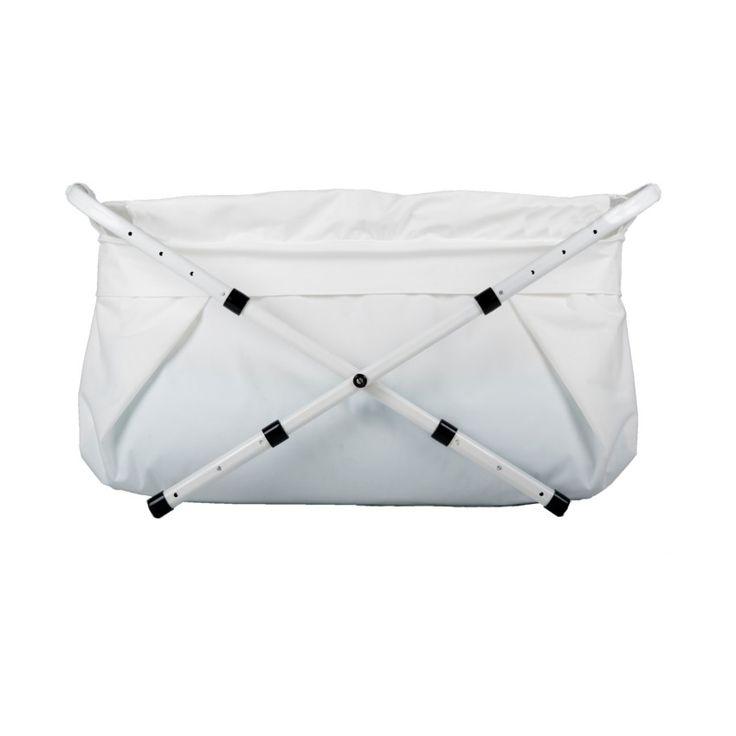 Het Bibabad is een ideaal alternatief voor een vast ligbad en is geschikt voor kinderen tot 8 jaar. Het bad is en lengte en breedte verstelbaar en kan na gebruik weer worden ingeklapt tot een compact pakket.
