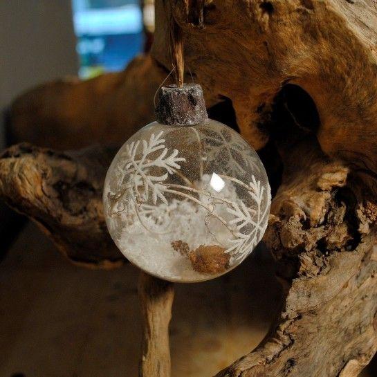 Χριστουγεννιάτικη Μπάλα Με Νιφάδα & Χιόνι Στο Εσωτερικό