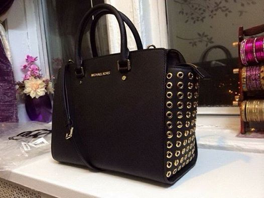Michael Kors purse black michaelkorsqueenb...