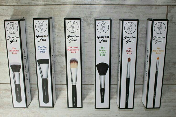 #powdernpout #makeupbrushes #irishbrand #irishbeauty #makeupbymario #themasterclass #fayrebeautytullamore www.Fayrebeauty.com