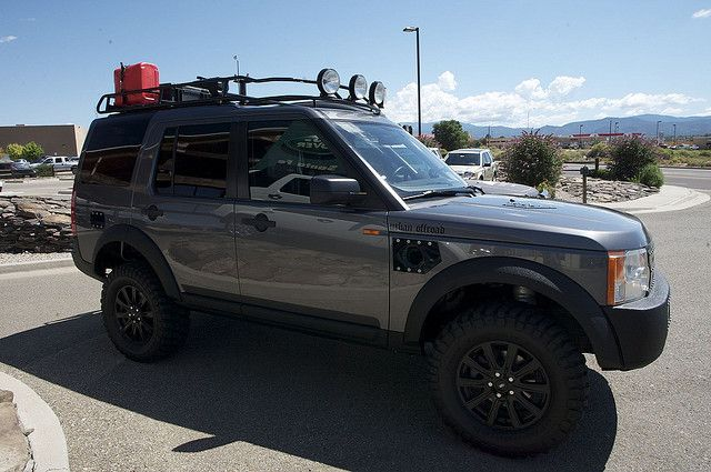 The Guys From Urban Offroad Stopped By Land Rover Santa Fe On Their Way To The National Rally In Leadville Co Www Urbanoffroa Land Rover Leadville Overlanding