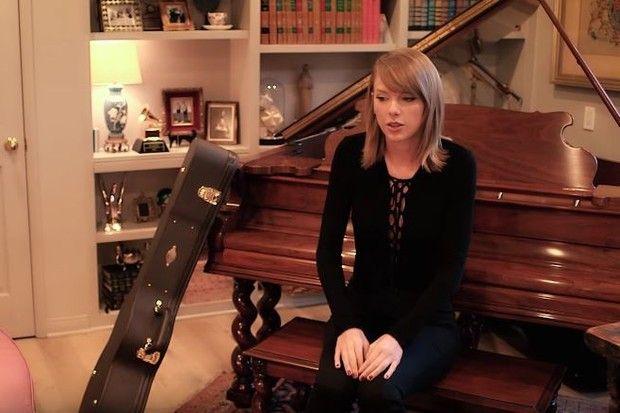 Taylor Swift abre as portas de sua casa em Beverly Hills para a Vogue US