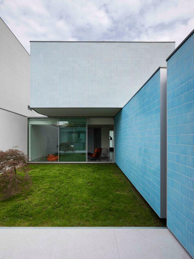 Correia/Ragazzi Arquitectos, Luis Ferreira Alves · House Ricardo Pinto. Porto, Portugal