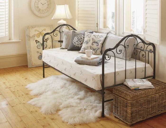 26 best images about day bed on pinterest day bed. Black Bedroom Furniture Sets. Home Design Ideas