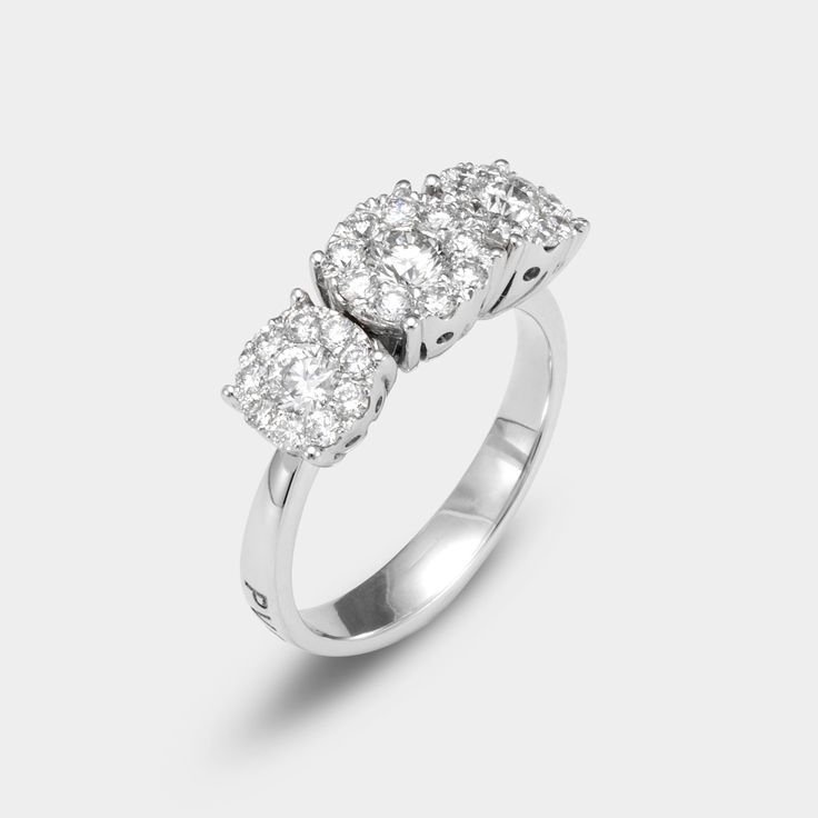 engagement ring by #pontevecchiogioielli #luxuryring