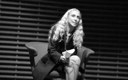 Franca Sozzani è morta: la vita e i successi del direttore di Vogue Italia [FOTO] - E' morta Franca Sozzani, direttore di Vogue Italia e della casa editrice Condé Nast. Riviviamo insieme le tappe della sua vita, il suo impegno nel sociale e i suoi successi lavorativi.