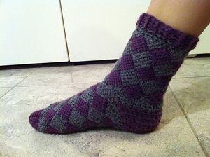 Entrelac Sock - Free crochet sock pattern
