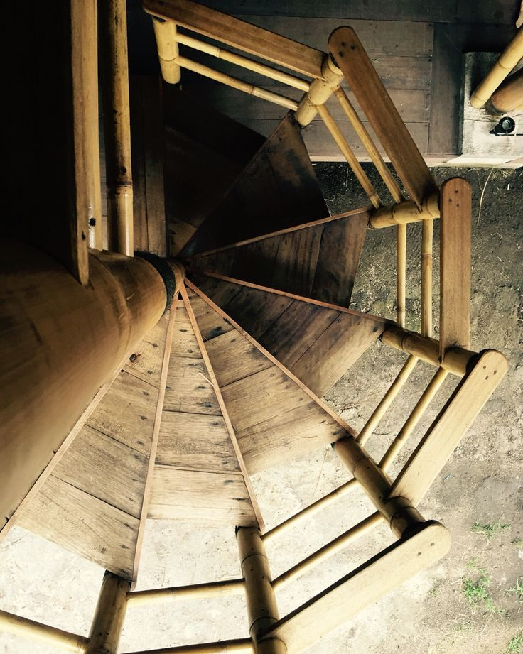 Bamboo spiral staircase at Captain Coconuts Gili Air