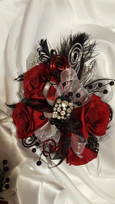 17 Best Images About Flowers Corsages Boutonnieres On