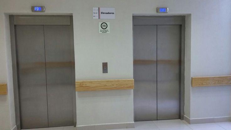 Elevadores monta camas o montacamillas, ideales para centro hospitalarios, centros medicos, centros de salud.