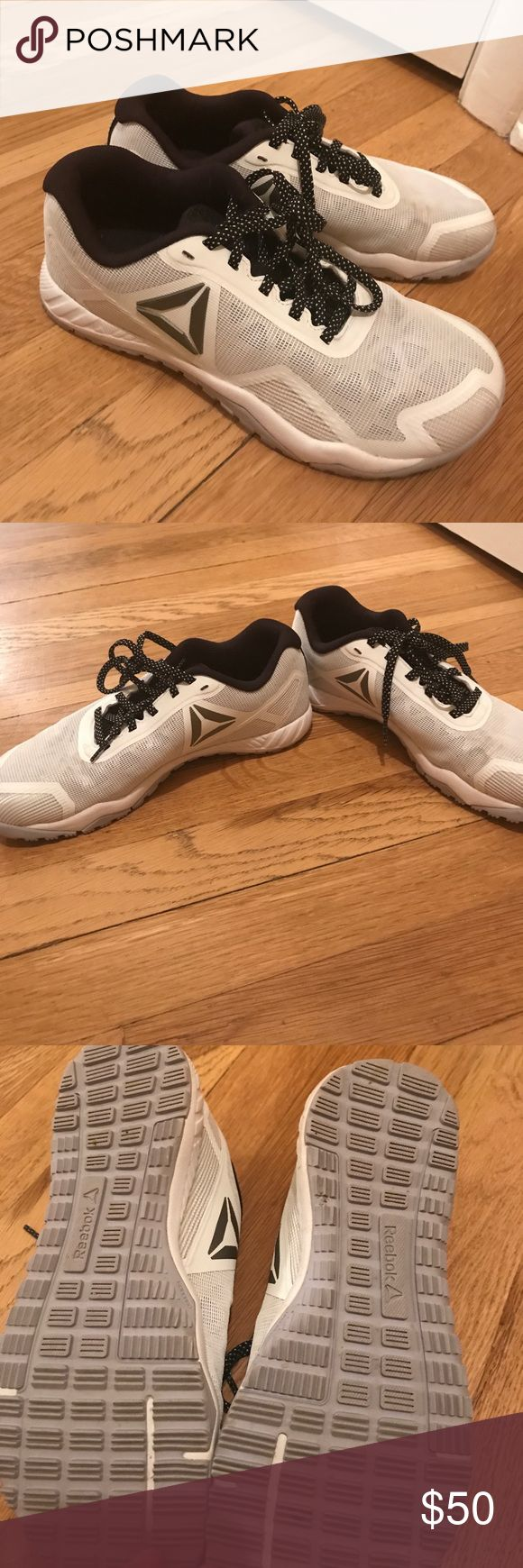 Like new Reebok training shoes These are in like new condition. Worked out in only a handful of times. The left shoe has a scuff on the top that may come out, I just haven't tried. Great for crossfit, bodyweight, or weightlifting workouts! Reebok Shoes Athletic Shoes