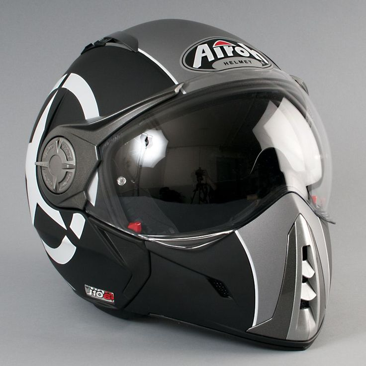 cool motorcycle helmet images galleries with a bite. Black Bedroom Furniture Sets. Home Design Ideas