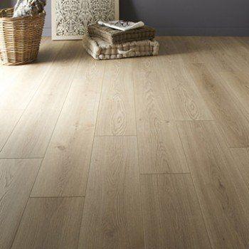Sol stratifié ARTENS Plus ép. 7 mm, décor chêne blanchi | Leroy Merlin