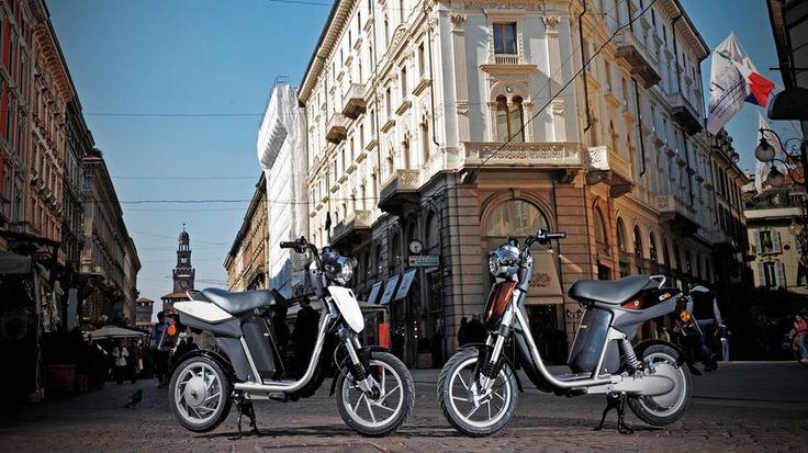 EC-03 2011 - Electric Vehicles - Yamaha Motor Italia