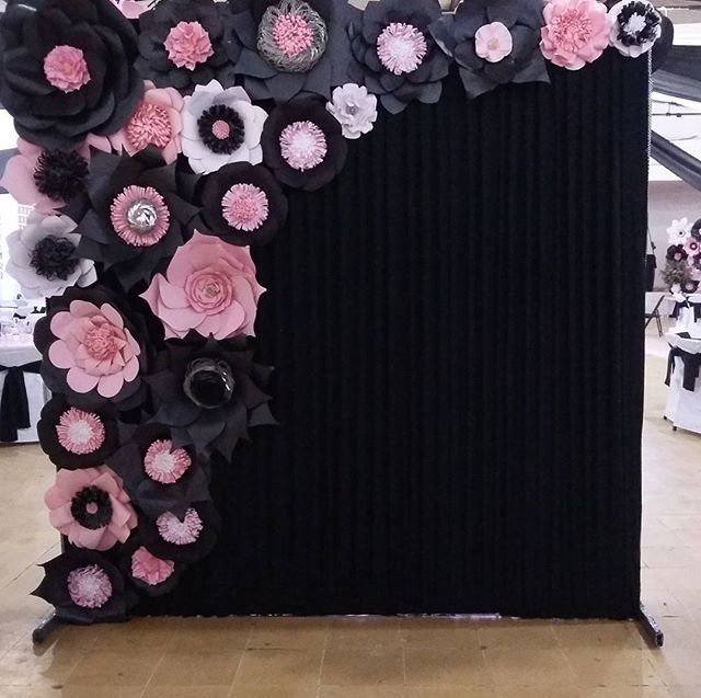 #xvaños  #floresdepapel #floresrosa #paneldeflores #murodeflores #villahermosa #tabasco #quinceaños #misxv #hechoamano #paperflowerwall #paperflower #paperflowers #paperflowerbackdrop #paperfloral #paperfloralwall #ideasdeco #ideasdecor #sweet #pink #babyshower #instadeco #instaflower #hechoenmexico #hechoentabasco #paperflowerblack #flowerblack