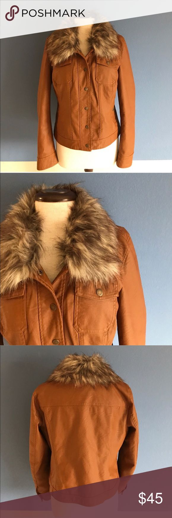 "Guess Faux Leather Jacket w/Detachable Collar You will look amazing in this jacket!   The faux fur detailed collar give the jacket a fun and youthful look.  Pair with a turtleneck and jeans for a great outfit. Measurements (Flat): Length - 22.5""/Bust - 20""/Waist - 18.5"" Guess Jackets & Coats"