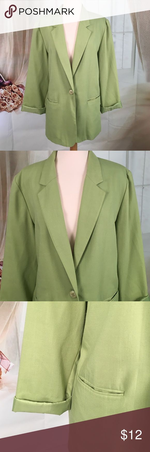 Sag Harbor Green Summer Blazer Today, featuring in Kaki Jo's closet is this nice summer blazer.  Has two front pockets.  Good condition.  Size 16.  ER396469-660PR Sag Harbor Jackets & Coats Blazers