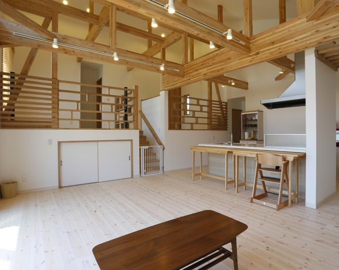 平屋 中二階 群馬県前橋市k様邸 デッキから中二階へも行ける家が魅力